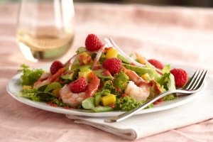 raspberry shrimp avacado salad